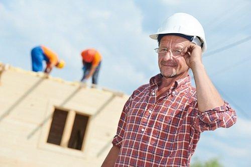 Hiring Roofing Contractor Oshawa